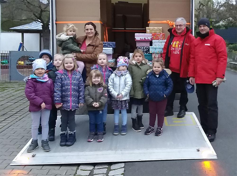 Weihnachtsfreude verschenken: Geschenke mit Herz 2019 (Foto: Anna-Lena Hückmann)