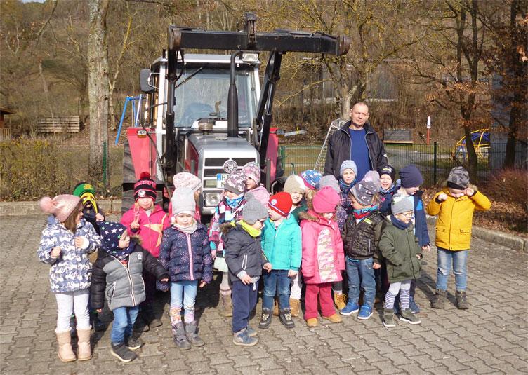 """Oma-und-Opa-Woche in der KitaPlus """"Unter der Burg"""" (Foto: Larissa Thamm)"""