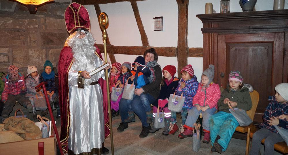 Der Nikolaus in der BRK KitaPlus